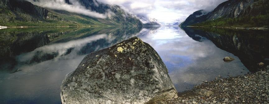 Arnold Zageris, Lake Tasisuak